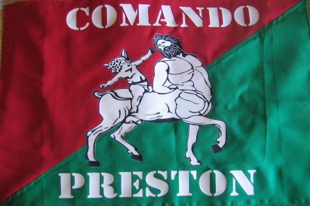 11. Bandera oficial del Comando Preston