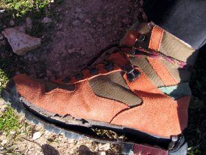 Foto 1,Ejemplo de bota rota